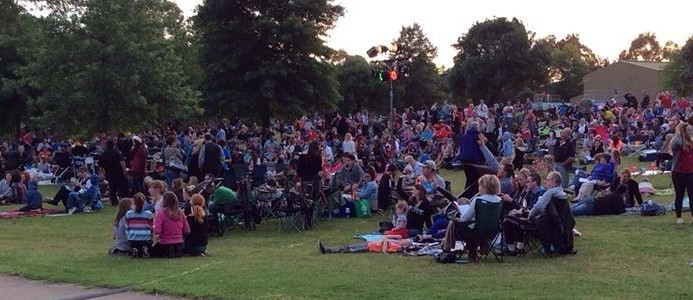 Yarra Glen Carols in the Park